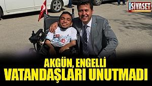 Akgün, engelli vatandaşları unutmadı