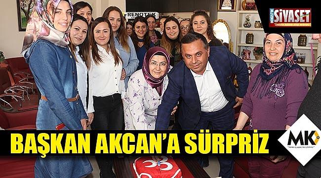 Başkan Akcan'a sürpriz