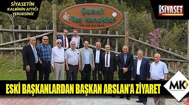 Eski başkanlardan başkan Arslana ziyaret