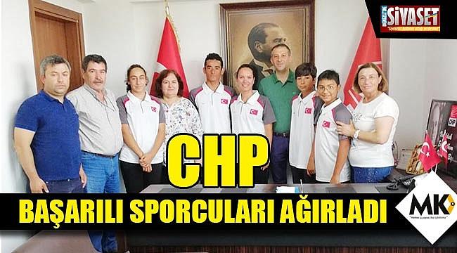 CHP başarılı sporcuları ağırladı