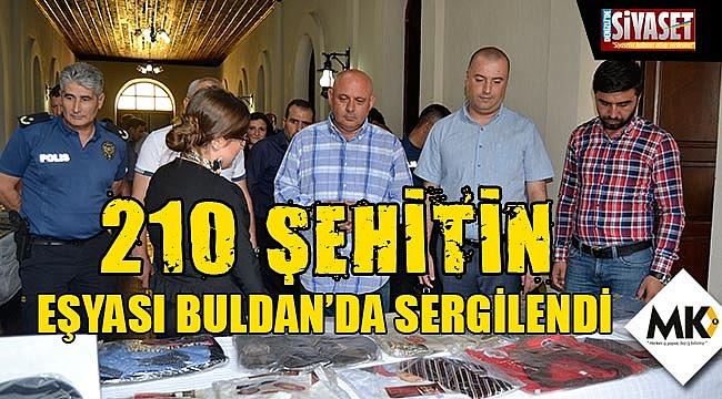 210 şehitin eşyası Buldan'da sergilendi