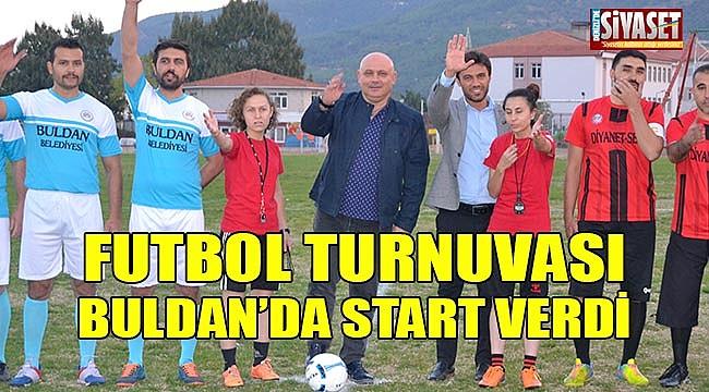 Futbol turnuvası Buldan'da start verdi