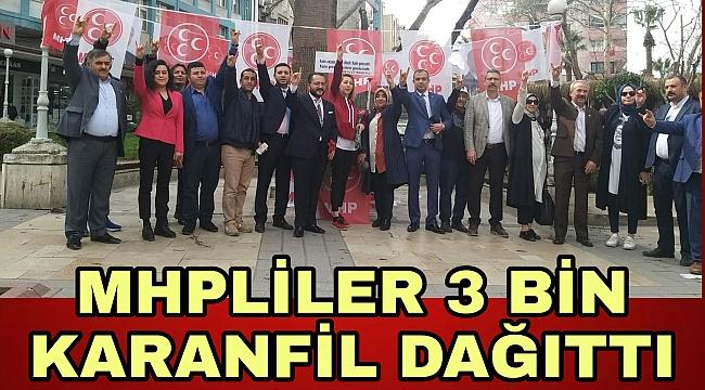MHP'liler 3 bin karanfil dağıttı